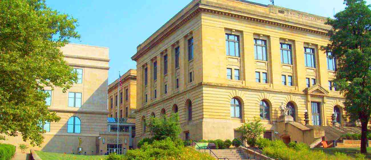 Summit County Courthouse Image Immigration Attorney Website